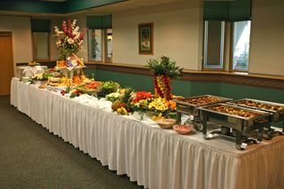Lg_buffet_table
